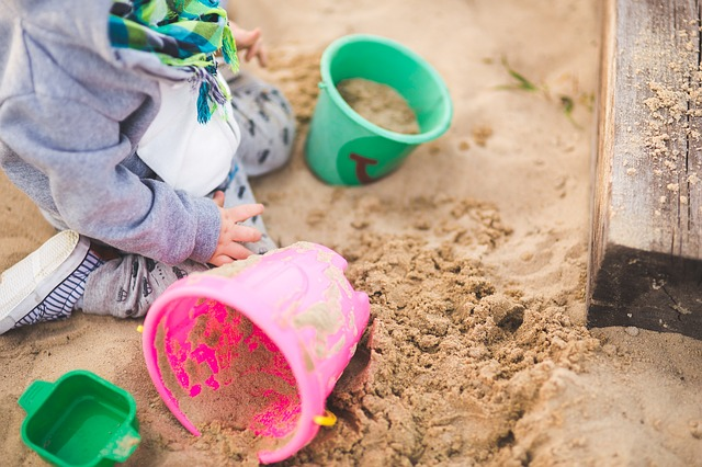 Pieskovisko pre deti – krok za krokom